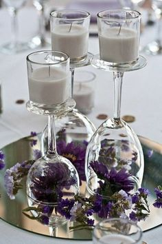 Wedding table decoration diy candlestick - decoration yourself Mac-Hochzeit Tischdeko diy Kerzenständer – Dekoration Selber Machen Wine glasses are perfect as candle holders and are an eye-catcher on the wedding table.