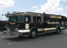 Lebanon Fire Dept (MO) 2004 Precision Class A pumper. 400 horsepower, 1500 gpm fire pump. #Yellowjacket #fire #engine #setcom