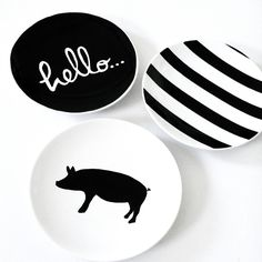 "Well Hello little Piggy! Set of four Tapas or dessert plates will be THE talk of your next shin-dig. These little comical plates measure wide and feature a piggy, ""hello."", black stripes and black polka dots. How fun! Deco Dyi, Dessert Design, Green Label, Jardin Decor, Design Plat, Serveware, Tableware, Kitchenware, Paperclay"