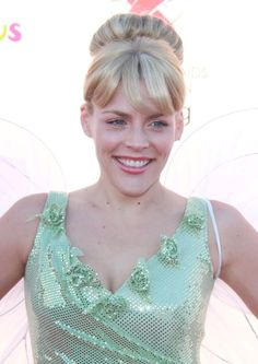 Busy Philipps Tinkerbell hairstyle