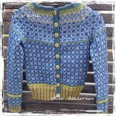 Billedresultat for kristin wiola odegard Fair Isle Knitting Patterns, Knit Or Crochet, Clothing Patterns, Bunt, Ravelry, Swatch, Free Pattern, Men Sweater, Textiles