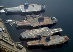 From top to bottom : ex-USS Ranger (CV-61), ex-USS Constellation (CV-64), ex-USS Kitty Hawk (CV-63), ex-USS Independence (CV-62), at Bremerton, WA, circa 2010