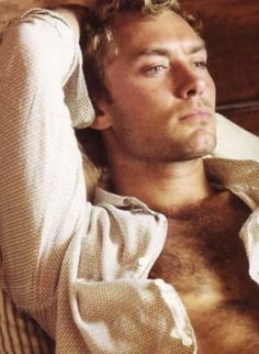 Jude Law, come to me please.......