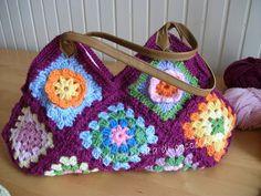 Marmellata di coccole: La mia granny bag 17 piastrelle