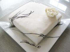 Sokeriperhosen kakut: Moderni rippikakku