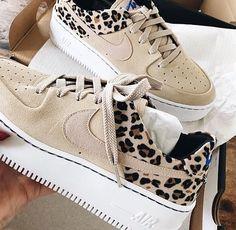 "Ibiza Store🔱 Nike Air Force 1 Sage Low ""Leopard Print""🐆 Tallas disponibles: 2 Al Contacto directo: # Sneakers Mode, Sneakers Fashion, Shoes Sneakers, Leopard Nikes, Leopard Print Sneakers, Cheetah, Nike Shoes Air Force, Nike Air Force Ones, Zapatillas Nike Air"