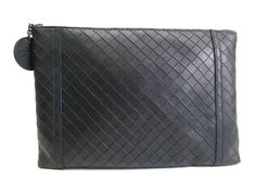 Bottega Veneta Pouch Leather Black(BF066149). Authenticity guaranteed, free shipping worldwide & 14 days return policy. Shop more preloved brand items at eLADY: http://global.elady.com