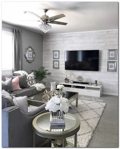 affordable apartment living room design ideas on a budget 25 ~ Home Design Ideas Living Room Decor Cozy, Living Room Grey, Living Room Bedroom, Cozy Living, Wallpaper For Living Room, Living Room Accent Wall, Grey Living Room Furniture, Chic Living Room, Living Room With Sectional