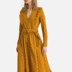 Discover our collection of Midi & Knee Length dresses at La Redoute - perfect for the office, a night out, or for sophistication. Fancy Dress Design, Stylish Dress Designs, Stylish Dresses, Casual Dresses For Women, Dress Brukat, Satin Midi Dress, Indian Gowns Dresses, African Fashion Dresses, Dressy Casual Outfits