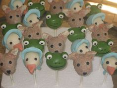 Peter Rabbit & Friends Cake Pops by Cake Pop Creations, via Flickr