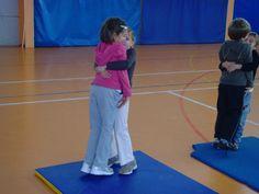 jeux d'opposition - suite - Le blog de delphine Delphine, Clae, Muscle Tone, Cooperative Games, Physical Education Activities