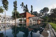 BRG House by Tan Tik Lam Architects - Indonesia
