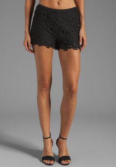 BB DAKOTA Arielle Lace Short in Black