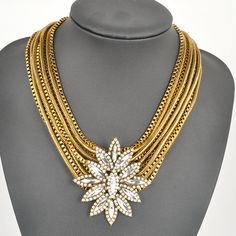 Hot Selling Multi Layer Gold Choker Chain Chunky Crystal Flower Statement Necklace Free Shipping € 5,95