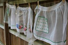 Vintage Half Apron White Organdy with Green by catnapcottage