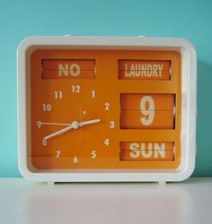Color-Design-Orange-clock