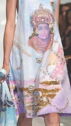 Manish Arora SS 2015 http://www.pinterest.com/melissacupcak/runway/
