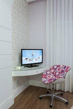 Casa Limeira: Quarto infantil translation missing: br.style.quarto-infantil.moderno por Arquiteto Aquiles Nícolas Kílaris