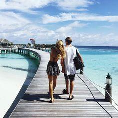 Instagram Star Jay Alvarrez and his girlfriend Alexis Ren's tour in Maldives