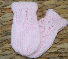 Knitted scratch mitts pink baby girl. Mittens. by sweetygreetings, £1.80