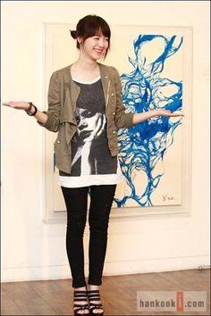 Koo Hye Sun and her painting ^^
