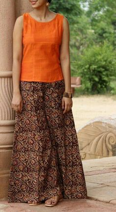 Kalamkari Flared Palazzo Pants the brilliant colors remind me of the Indian su Salwar Designs, Blouse Designs, Indian Attire, Indian Wear, Indian Dresses, Indian Outfits, Stylish Dresses, Fashion Dresses, Kalamkari Dresses