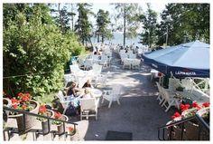 Helsinki Island Restaurants - The Ravintola Pihlajasaari is a popular summer dining spot for residents of Helsinki. Easy to see why!