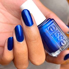 essie 'aruba blue', a frosty sapphire blue shimmer nail polish. Chrome Nail Polish, Essie Nail Polish, Nail Polish Colors, Navy Blue Nail Polish, Nail Polishes, Dark Blue Nails, Blue Acrylic Nails, Bright Blue Nails, Henna Designs