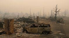 """Incendios forestales se han propagado a toda velocidad por California en Estados Unidos, dejando a su paso al menos 31 muertos y 400 desaparecidos, según informa """"Los Ángeles Times"""". El fuego ha devastado cientos de kilómetros"""