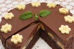 Tiramisu v dortové formě Czech Desserts, No Cook Desserts, Torte Cake, Fudge Cake, Cooking Cake, Cooking Recipes, Braided Nutella Bread, Sweet Recipes, Cake Recipes