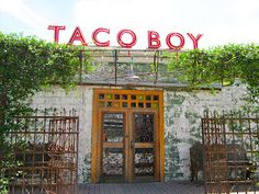Bell Bliss: Best Places in Charleston, SC. Taco Boy , good place to eat Mexican. Carnitas, Oh The Places You'll Go, Places To Eat, Charleston South Carolina, Folly Beach South Carolina, North Carolina, Flautas, Girls Weekend, Vacation Spots