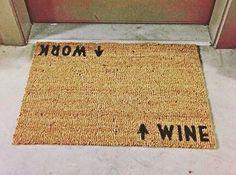 Mundo Vinho - Tapete Top -  # Final de semana  Que comecem os jogos  # Marque a turma do vinho! # Foto by @roseseason # #vinho#wine#vin#vino#wein #winetime#instawine#insta #tasting#winery#instacool #instapic#instalike#instagram #merlot#cabernet#shiraz #carmenere#pinotnoir#riesling #champagne#mundovinho