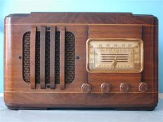 Vintage radio for Library