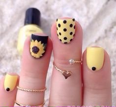 Best gallery of beautiful Polka Dot Nail Art Designs in Polka dot nail art designs choice image nail art and nail design nail art designs polka Easy Nail Art: Polka Dot Nails for Beginners Chic Nail Designs, Flower Nail Designs, Short Nail Designs, Floral Designs, Nail Designs Spring, Dot Nail Art, Polka Dot Nails, Polka Dots, Spring Nails