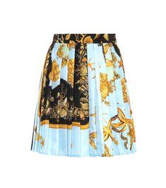 VERSACE Printed silk skirt. #versace #cloth #
