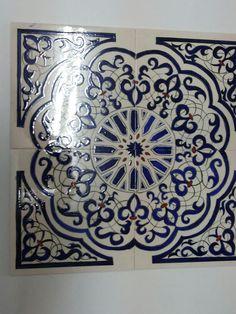 Islamic Art Pattern, Arabic Pattern, Lotus Painting, Mural Painting, Tile Patterns, Pattern Art, Ceramic Tile Art, Islamic Tiles, Glazed Tiles