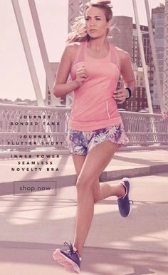 I hate running but she makes it look fun Carrie Underwood Calia, Carrie Underwood Photos, Yoga Fashion, Fitness Fashion, Fitness Style, Athletic Women, Athletic Wear, Workout Wear, Workout Style