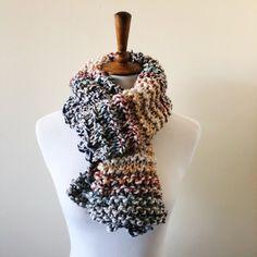 Fall Scarves, Wool Yarn, Knitwear, Knitting, Fashion, Moda, Tricot, Tricot, Fashion Styles
