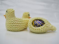 Knitted Easter Chicks - Free Pattern