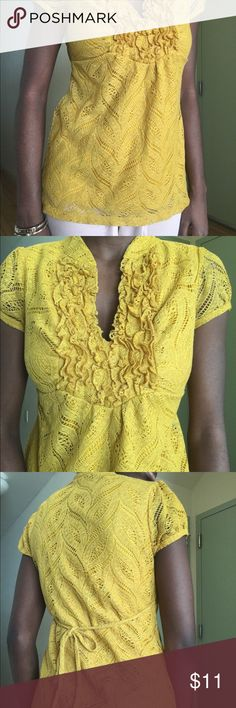 Women casual blouse Yellow mustard V-Neck blouse Jc Penny Tops Blouses