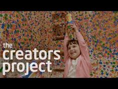 In our first episode of 'Kids Critique,' we take the children to go see iconic Japanese Pop artist, Yayoi Kusama's latest show at David Zwirner. Known for he...