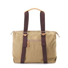 QWSTION - SIMPLE ZIPTOTE - ORGANIC CAMEL - We've always liked simple holdalls, but also the comfort of a backpack when carrying some weight. Our new Simple Ziptote offers both. With a volume suited for daily use, an outside and some inside pockets and our Simple-Strap-System®, you get lots of versatility with classic style. The ultra convertible bag! Artistic Installation, Convertible, Classic Style, Camel, Gym Bag, Organic Cotton, Backpacks, Pockets, Simple