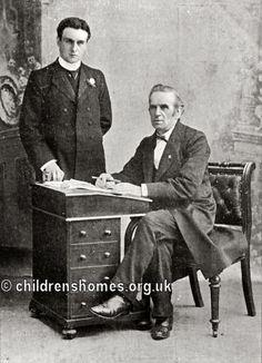 Alfred and John Groom. ©PeterHigginbotham