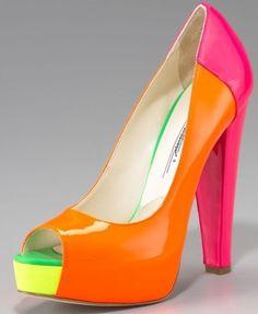 Diva-Dealz - BRIAN ATWOOD Pumps ALIMA Color Block  (http://www.diva-dealz.com/brian-atwood-dress-shoes-pumps-alima-color-block-37-5-7-5-37-1-2/)