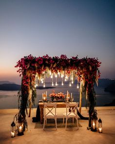 ♡︎ What about your dream of sweet escape on Sunday like this when no more Share with us ? Until then, stay safe ✌? pict from . Romantic Dinner Setting, Romantic Dinners, Cactus Wedding, Botanical Wedding, Bougainvillea Wedding, Santorini Wedding, Dinner Sets, Wedding Events, Wedding Ideas