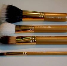 How to Make a Makeup Brush Cleaner