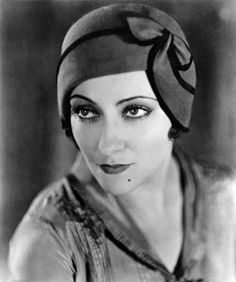 Gloria Swanson, original name Gloria May Josephine Svensson (born March 17, 1899, Chicago, Ill., U.S.—died April 4, 1983, New York, N.Y.), American motion-picture, stage, and television actress known primarily as a glamorous Hollywood star during the 1920s and as the fading movie queen Norma Desmond in the 1950 film Sunset