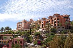 Путешествия это наша страсть! Найдите самые лучшие отели! Swiss Halley #swisshalley