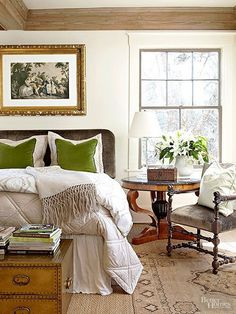 Love the neutrals with that green