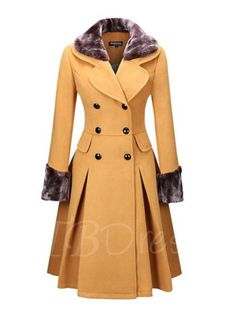Classical Double Breasted Faux Fur Collar Swing Woolen Coat >> Love the design and colour, but it needs to be made in a more superior material for me to consider buying it! Fur Fashion, Fashion Outfits, Womens Fashion, Winter Coats Women, Coats For Women, Modelos Fashion, Stylish Coat, Double Breasted Coat, Single Breasted